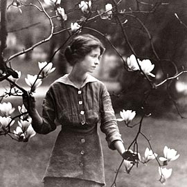 sonnet 29 by edna st vincent milla analysis A twelve-poem sonnet sequence follows the happenings of aug 22, 1927, through the eyes, the heart, and the considerable genius of one of america's most sensitive poets, edna st vincent millay 121.